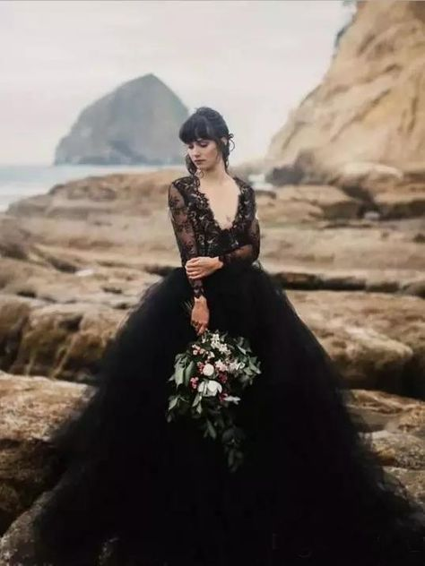 Black Vintage Ball Gown Long Sleeve Cheap African Ball Gown # VB2733