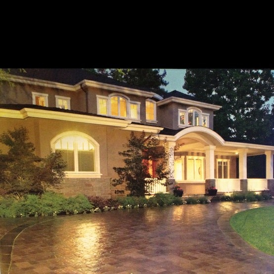 17 Best Ideas About Circle Driveway On Pinterest