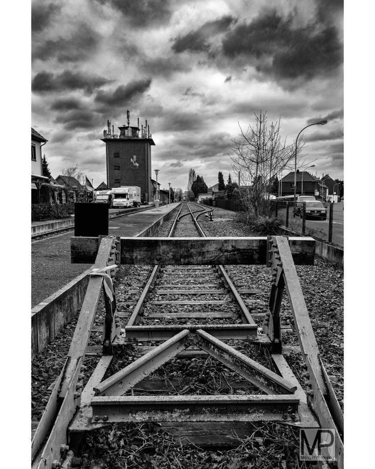 a storm is comming #photography #fotografie #mimamedia #maagphotography #tönisvorst #krefeld #niederrhein #blackandwhite #bnw #monochrome #instablackandwhite #monoart #insta_bw #bnw_society #bw_lover #bw_photooftheday #photooftheday #bw #instagood #bw_society #bw_crew #bwwednesday #insta_pick_bw #bwstyles_gf #irox_bw #igersbnw #bwstyleoftheday #monotone #monochromatic #fineart_photobw Find me on Instagram: @maag.photography (http://ift.tt/2lXFtOR)