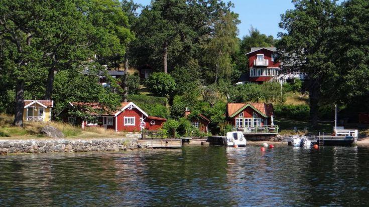 In Stockholm ist es nie weit zum Wasser. Als Tourist kann man Wochen damit zubringen, die Stadt und die Schären per Schiff zu erkunden.