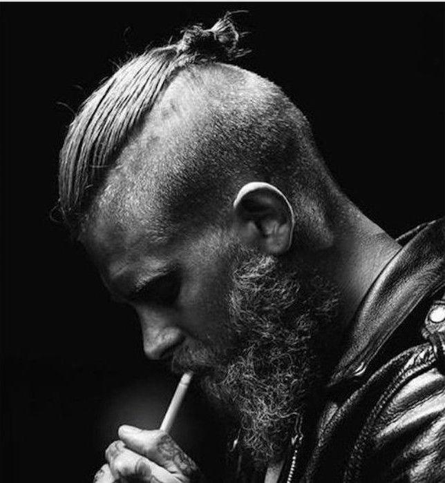 coupe cheveux chignon homme 2016 undercut et barbe