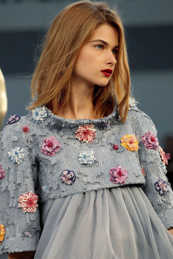 CHANEL, pretty flowers and detail: