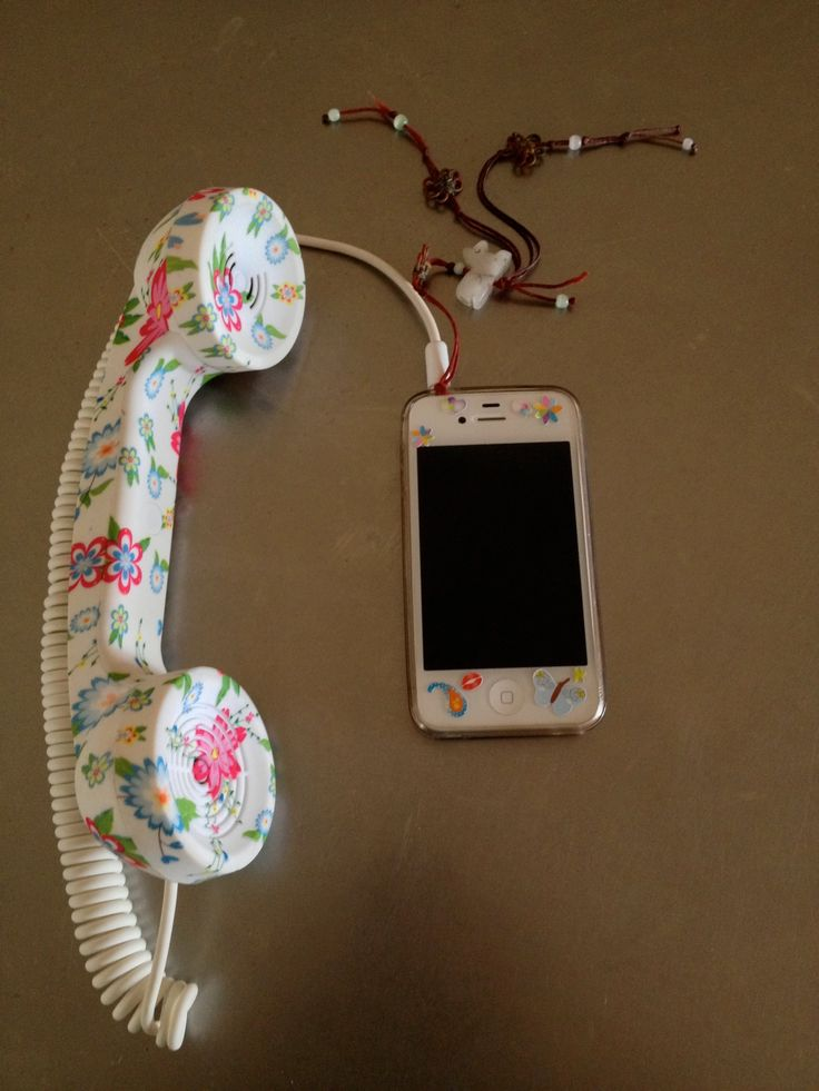 Funky Floral Fone.
