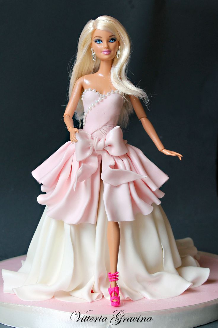 Cake Design Torta Barbie : 455 best images about Doll Cakes on Pinterest Birthday ...