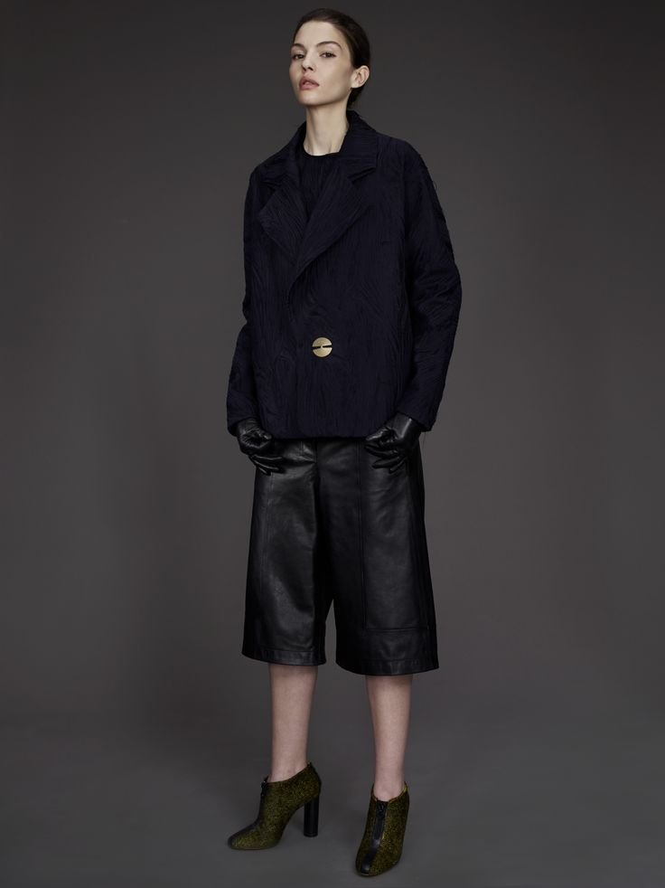 DAMIR DOMA WOMEN'S READY-TO-WEAR PRE-FALL 2014 COLLECTION  LOOK 13  http://www.damirdoma.com/en/collection/womens/autumn-winter-2014