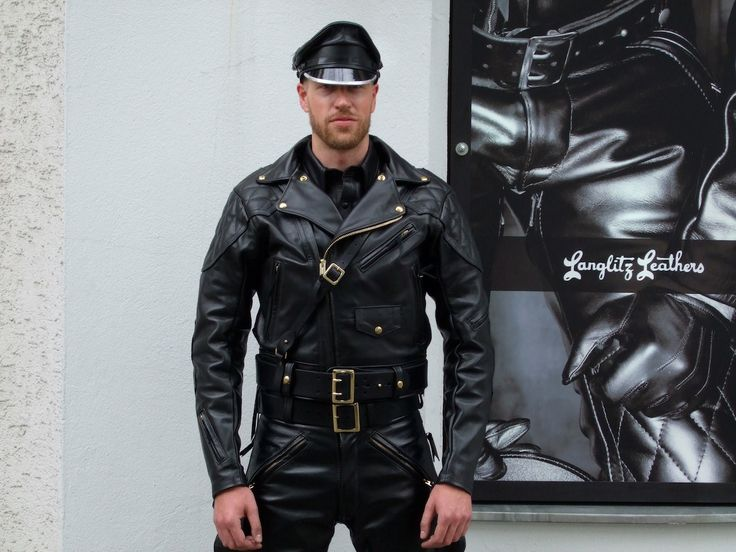 Gayman In To Motorbikes And Leather 37