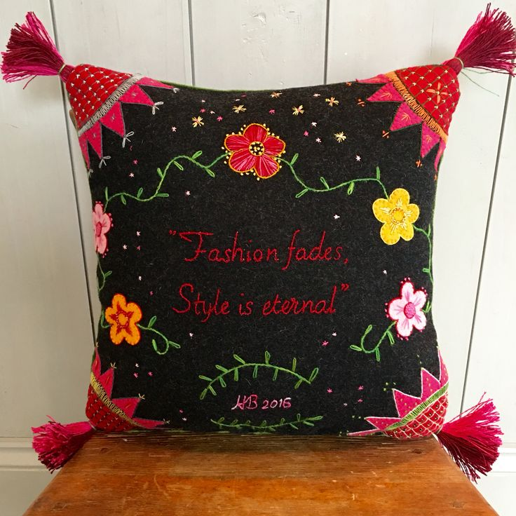 Embroideried pillow #embroidery #broderi #craft #håndarbeid