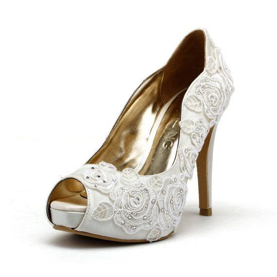 Giardino di Rose, scarpe da sposa bianco avorio, tacchi da sposa bianchi avorio, avorio bianco scarpe da sposa in raso rosa ricamo pizzo, pizzo bianco avorio