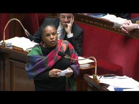 Politique - Mariage homo : Christiane Taubira envoie David Douillet au tapis - 08/02 - http://pouvoirpolitique.com/mariage-homo-christiane-taubira-envoie-david-douillet-au-tapis-0802/