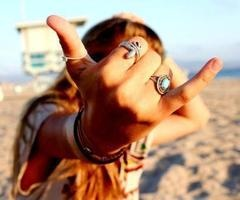 hang loose! @Gabrielle Savage, this is for you!