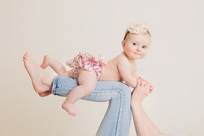 8 month old, baby on legs, posing baby Robyn McGufficke Photography