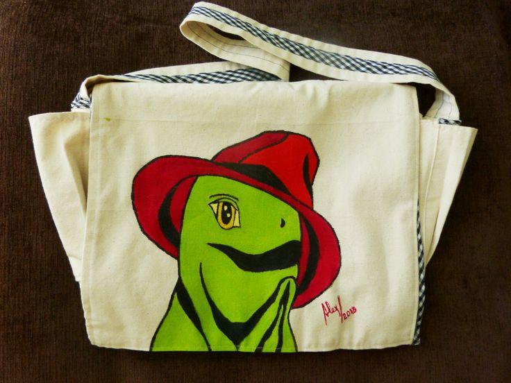 Pañalera con iguana tierna. Diseñado por Lídice y pintado por Alex
