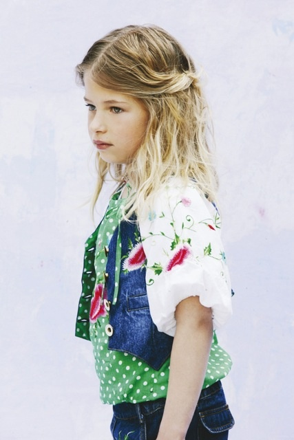 beautiful photo #kidsclothes #kidsfashion #girlsfashion #clothes #apparel #blouse #mimpi
