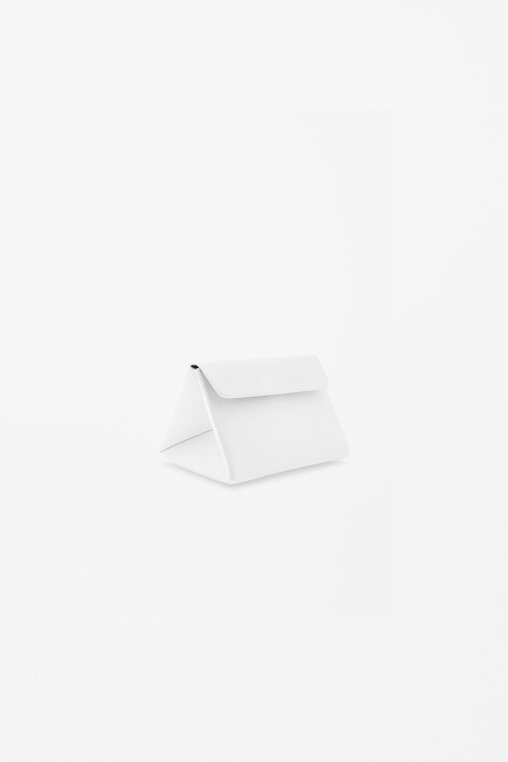 Triangle leather bag