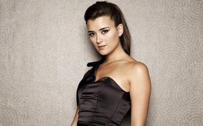 Incredible actress and (IMNSHO) one of the most beautiful women on the face of the planet.: Planets, Riviera, Incr Actresses, Cote De Pablo, Depablo Rating, Beautiful Women, The Faces, Pretty Women, Beautiful People