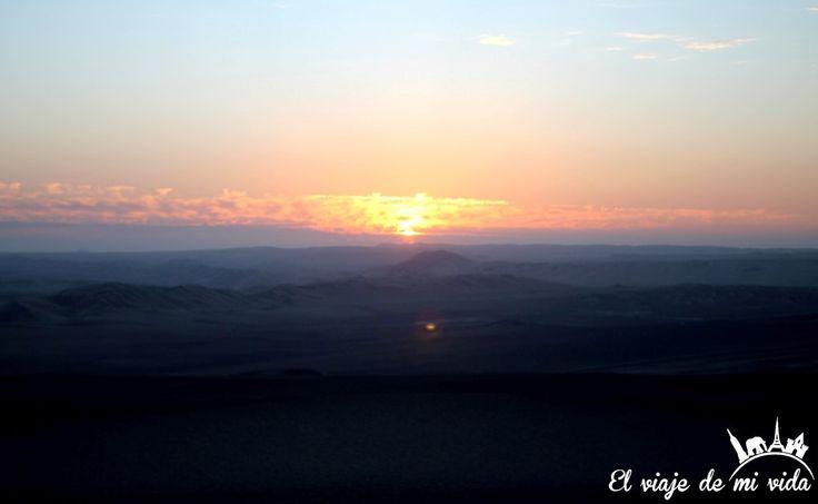 Diarios de viaje: Mi experiencia en el desierto de Huacachina. Tours en buggies y sandboard en Huacachina. Surfeando en las dunas, por el desierto de Ica.