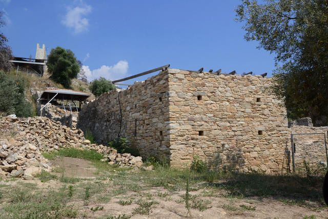 Die Ruine vom Kloster Zygou, Chalkidiki