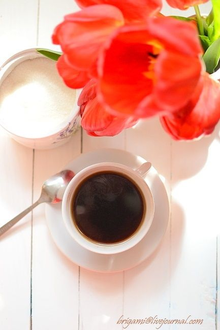Кофе с тюльпанами