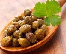 Bucatini con olive e capperi