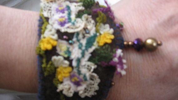 felt and oya braceletfelt wrist cuffturkish by CiciByMuy on Etsy, $15.00