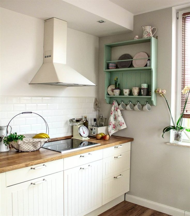 Rustic, country-style kitchen with KROKTORP doors | Aleksandra's apartment in live from IKEA FAMILY