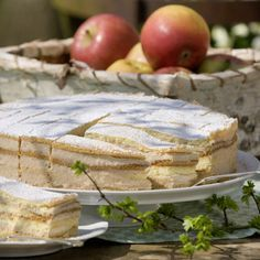 Von Anfang an hat Hildegard Brante aus Borgholzhausen, Kreis Gütersloh, die Apfelmuscremetorte so gut gefallen, dass sie sie seit nunmehr...
