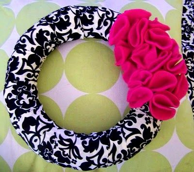 fabric felt wreath...love.