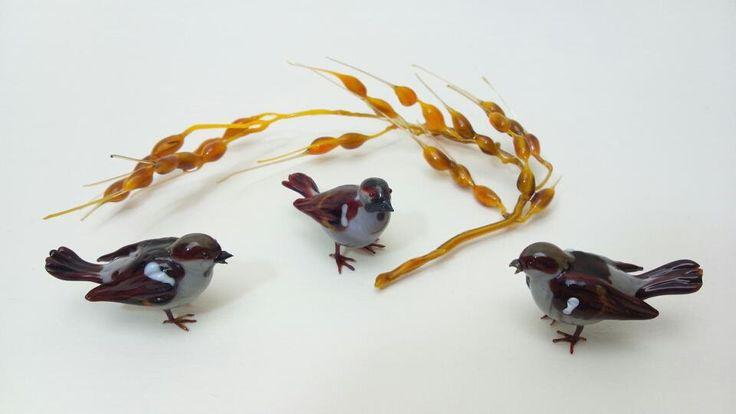 雀(平均):体長3.6cm 6.1gr 稲穂:幅12.0cm 6.9gr