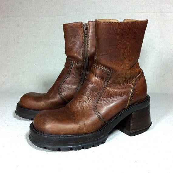 sz. 9 vintage 90s Steve Madden boots