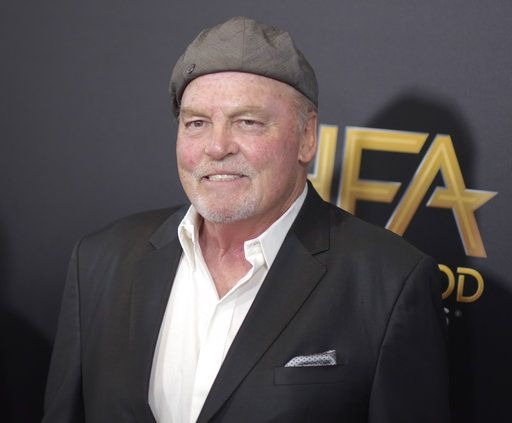 Director: Stacy Keach had a heart attack during Chicago play