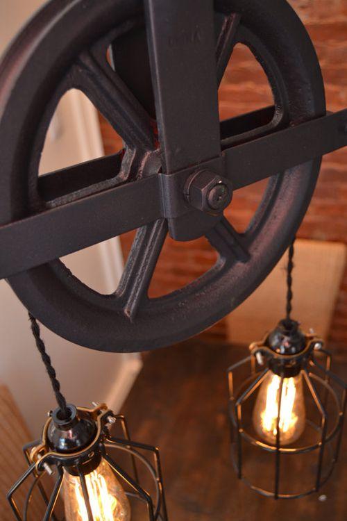 Lámpara de polea con pantallas de alambre   WestNinthVintage