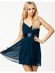 ELISE RYAN TIE BACK RUCHED STRAP DRESS