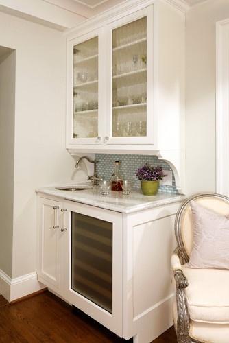 https://i.pinimg.com/736x/78/69/4b/78694b7f01849dd37b323d743af50559--wine-fridge-wine-refrigerator.jpg