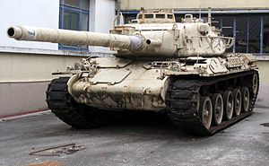 AMX-30B2 francés equipado con el cañón rayado de 105 mm.