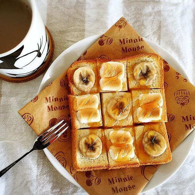 バナナとマシュマロトースト(◍•ڡ•◍)❤はちみつたっぷりで #朝ごはんpic #パン #トースト #トーストアレンジ #バナナ #バナナトースト #マシュマロ #マシュマロトースト #はちみつ #うちごはん #うちカフェごはん #家カフェ  #朝 #モーニング #foodpic