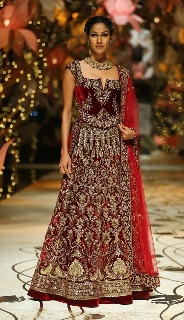 Designer Maroon replica bollywood bridal lehanga in Velvet B15404