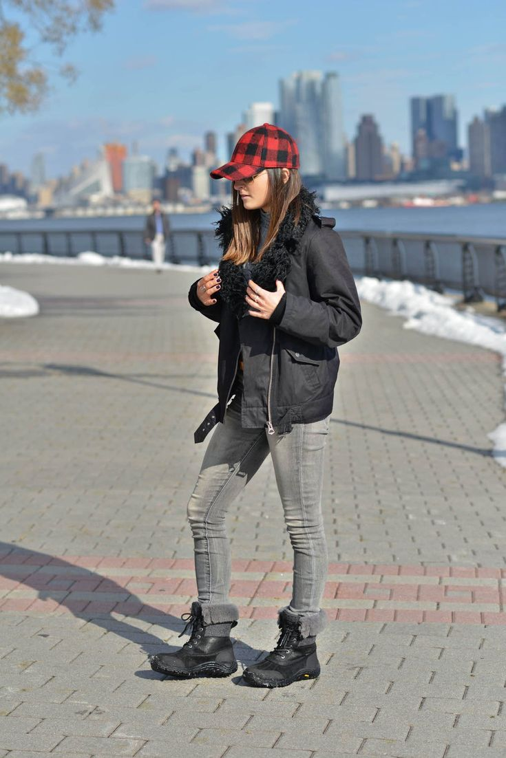 Best in Snow   UGG Australia   Adirondack snow boots, winter weather outfit, winter fashion, winter style, winter outfit ideas, fashion blogger #tobebright