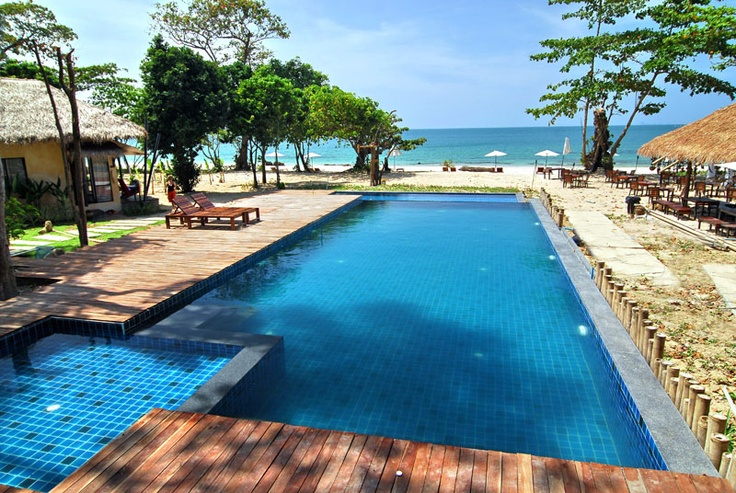 Ko or Koh Lanta Island Hotel and Resort Lalaanta