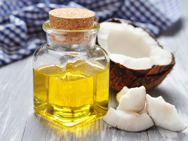 Due to its moisturising quality, coconut oil is a very effective method to get rid of dark circles and also moisturise the under eye area. Apply a few drops under the eye and leave it overnight. Do it for a week to see results.
