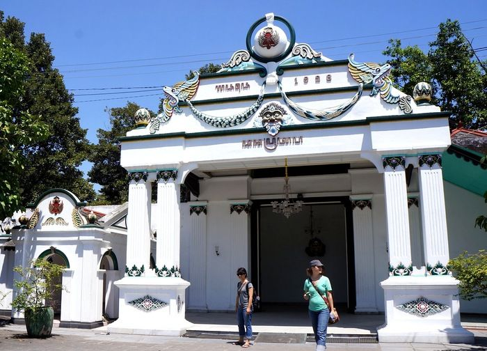 The Yogyakarta kingdom - The palace is a good place to learn about local history. (photo by Edna Tarigan)