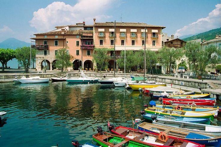 Torri del Benaco, een prachtige plaats aan het Gardameer. Verblijf in Hotel Romeo en ontdek het Lago di Garda!