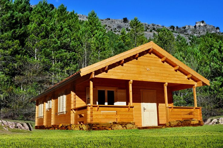 """Modello """"SASSARI"""" da 60 mq in #legno bilamellare di #abete nordico disponibile in due versioni, con #veranda anteriore e veranda laterale.  Scheda tecnica: http://domosdelinna.it/catalogo/case-vacanza/sassari"""