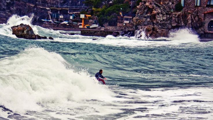 #Ripcurl search #CinqueTerre starts in #Levanto - Photo by #Surf Levanto