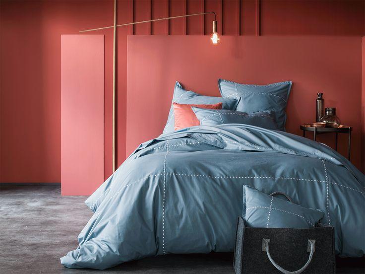 les 30 meilleures images du tableau linge de lit brod sur pinterest cerises couettes et. Black Bedroom Furniture Sets. Home Design Ideas