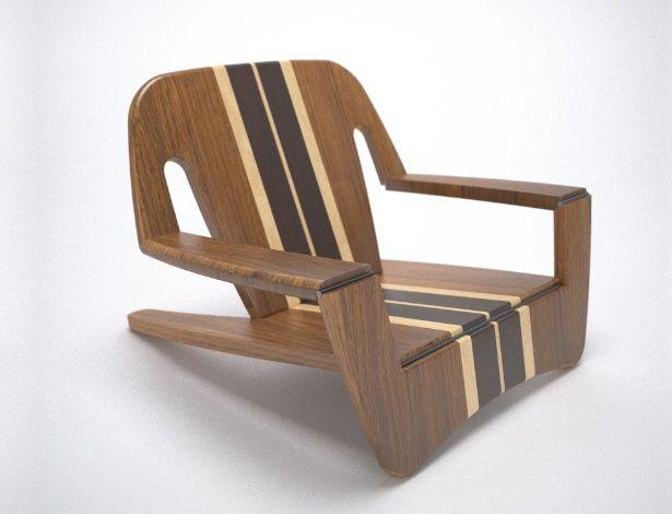 Desenvolvida por João Raposo para a Quadrante, a cadeira de praia Kaô é feita de madeira laminada com acabamento em verniz natural. Dobrável!