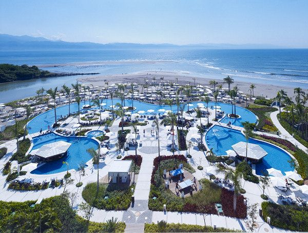 Grand Luxxe At Vidanta Nuevo Vallarta Receives Aaa S Five Diamond Rating With Images Mexico Resorts Mexico Travel Vallarta