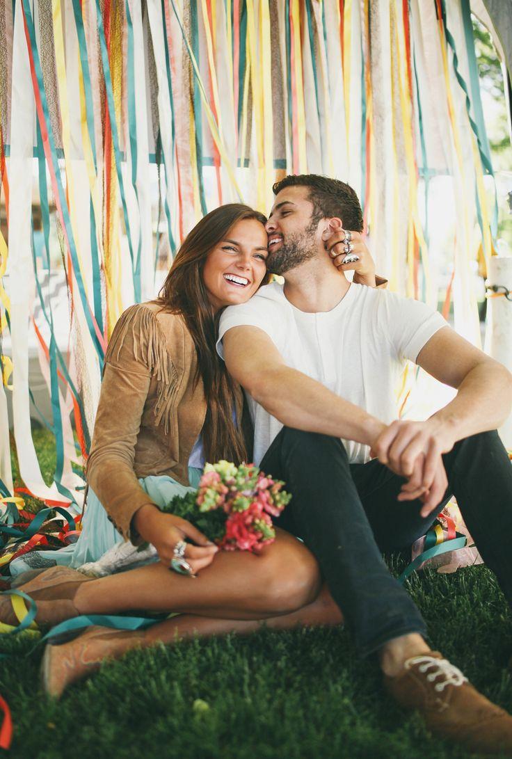 Tessa and Cole couples photo shoot at the farmer's market jessica janae