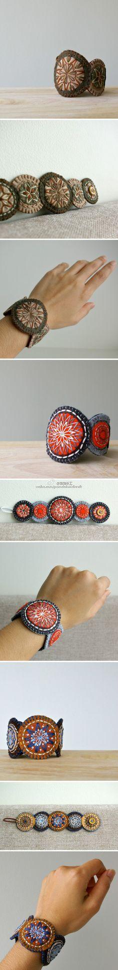 Bracelete de feltro