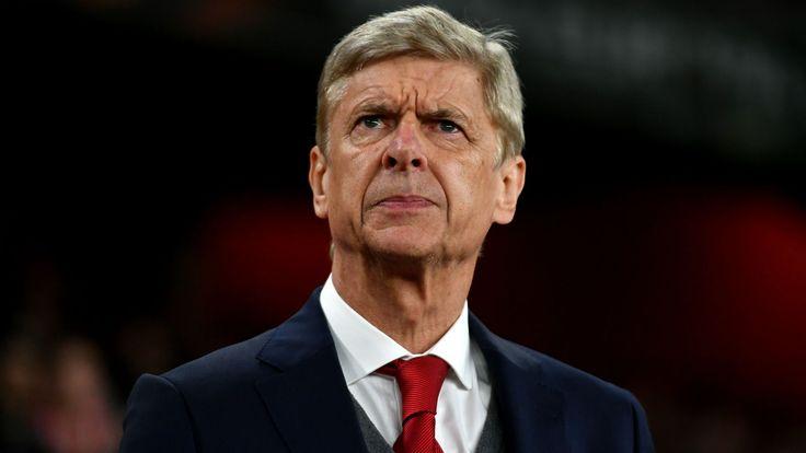 Arsenal boss Wenger overtakes Man Utd legend Ferguson to set new Premier League record