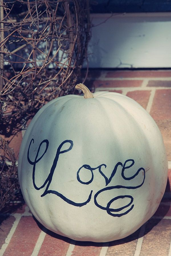 Halloween wedding pumpkin